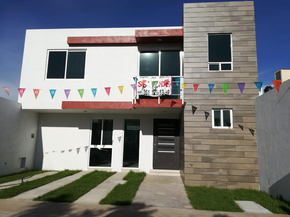 Foto Casa en Venta en  Jacona ,  Michoacán  Circuito Viga Alta