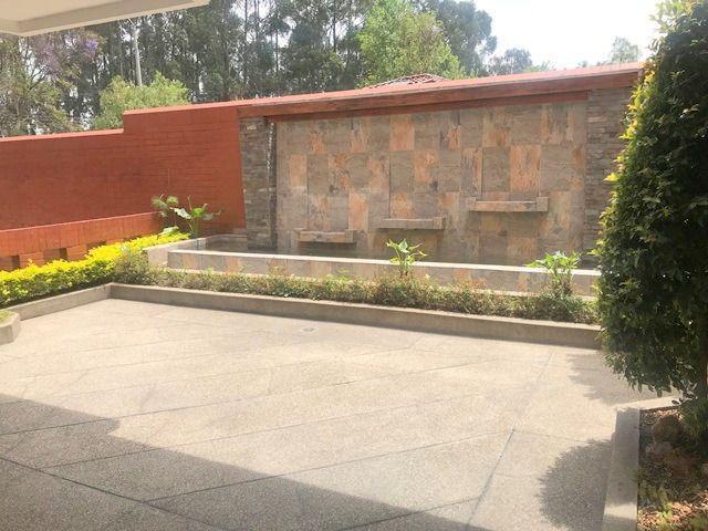 Foto Departamento en Venta en  Yanuncay,  Cuenca  Av. Primero de Mayo