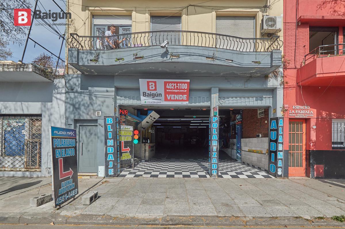 Foto Local en Venta en  Villa Crespo ,  Capital Federal  Av. Juan B. Justo y Rojas
