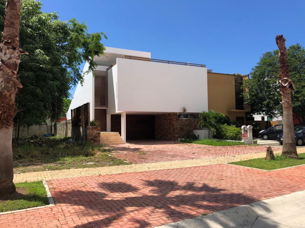 Foto Casa en Renta en  Playa Magna,  Solidaridad  Casa 3 Recamaras en Renta Playa Magna