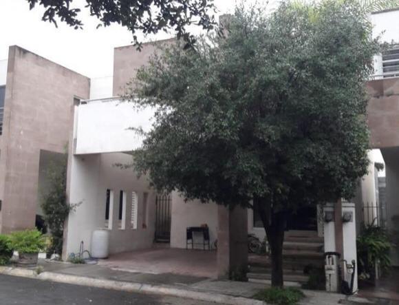 Foto Casa en Venta en  Cumbres Providencia,  Monterrey  Paraiso