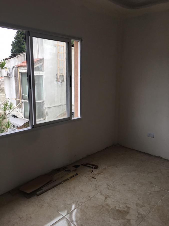 Foto Casa en Venta en  Burzaco,  Almirante Brown  ANDRADE AL al 1079
