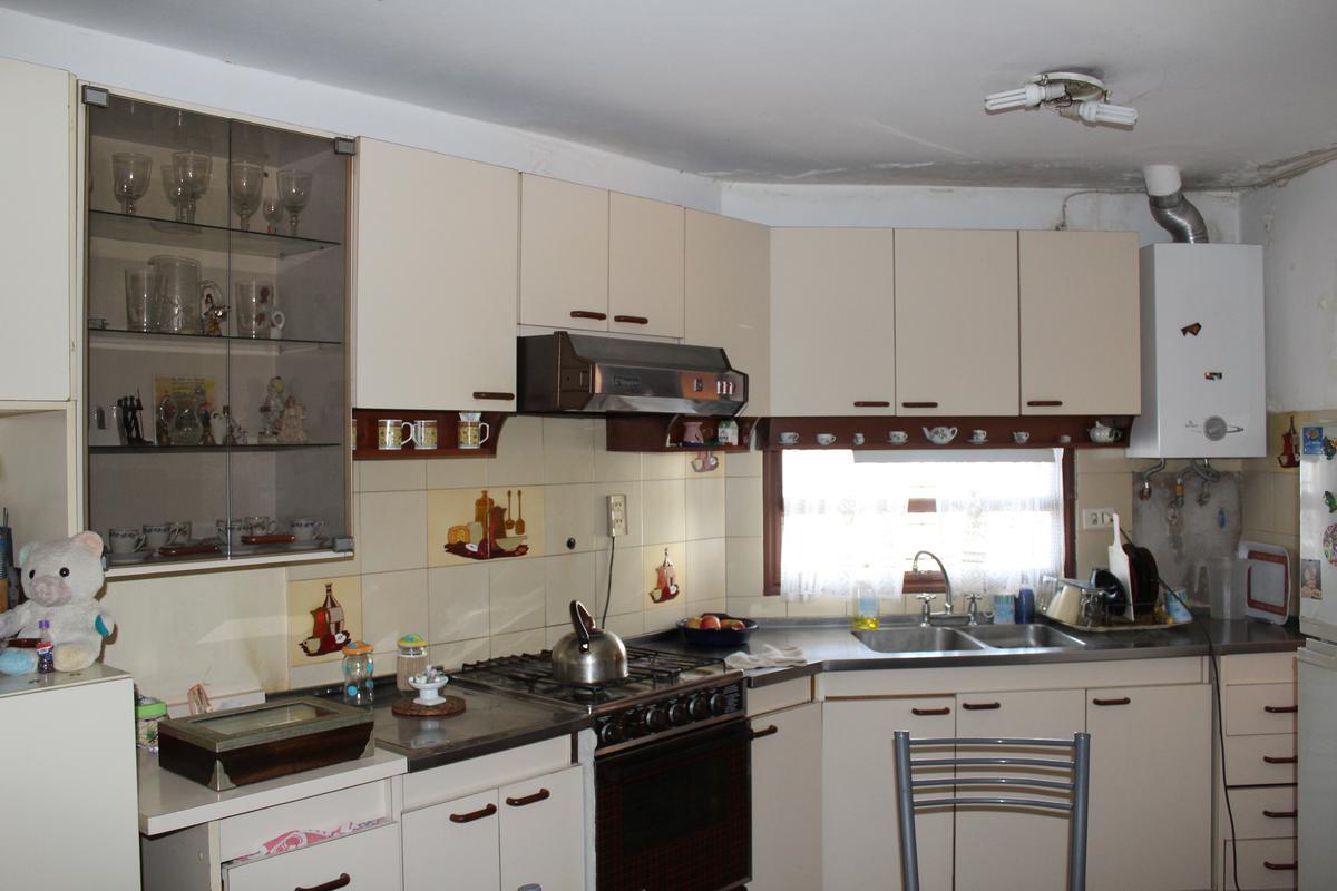 Foto Casa en Venta en  El Trebol,  Cordoba  Alfredo Schiuma al 3000