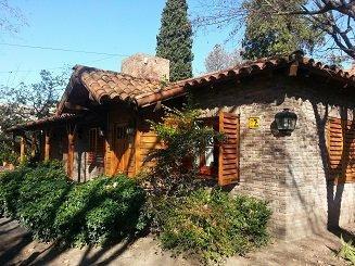 Foto Casa en Venta en  Adrogue,  Almirante Brown  ROSALES 400