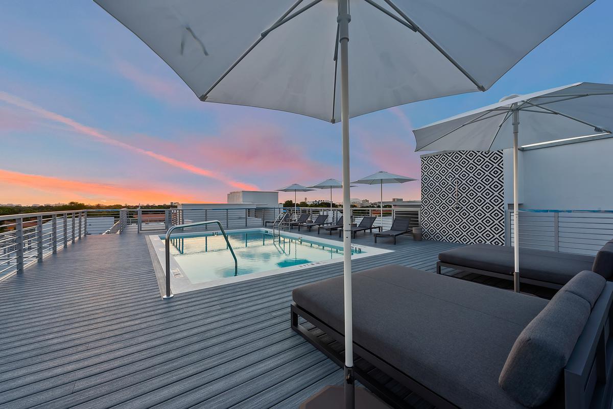 Foto Casa en condominio en Renta en  Miami-dade ,  Florida  529 SW 11th Street #101 Miami  FL 33129