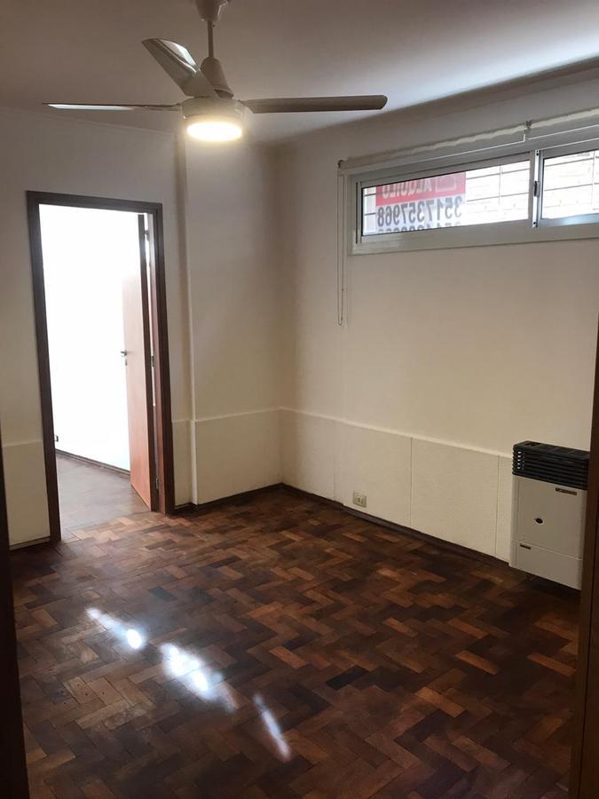 Foto Departamento en Alquiler en  Nueva Cordoba,  Capital  Marcelo T de Alvear al 400