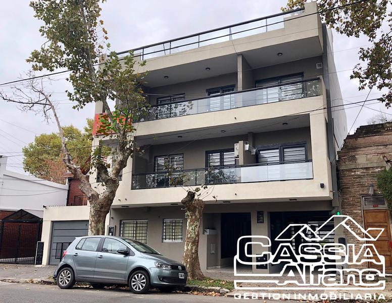 Foto Departamento en Venta en  Lomas de Zamora Oeste,  Lomas De Zamora  PORTELA 777  2do E