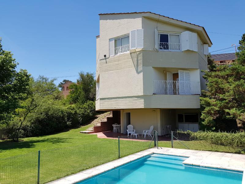 Foto Casa en Alquiler en  Villa Carlos Paz,  Punilla  Rio Panaholma al 400