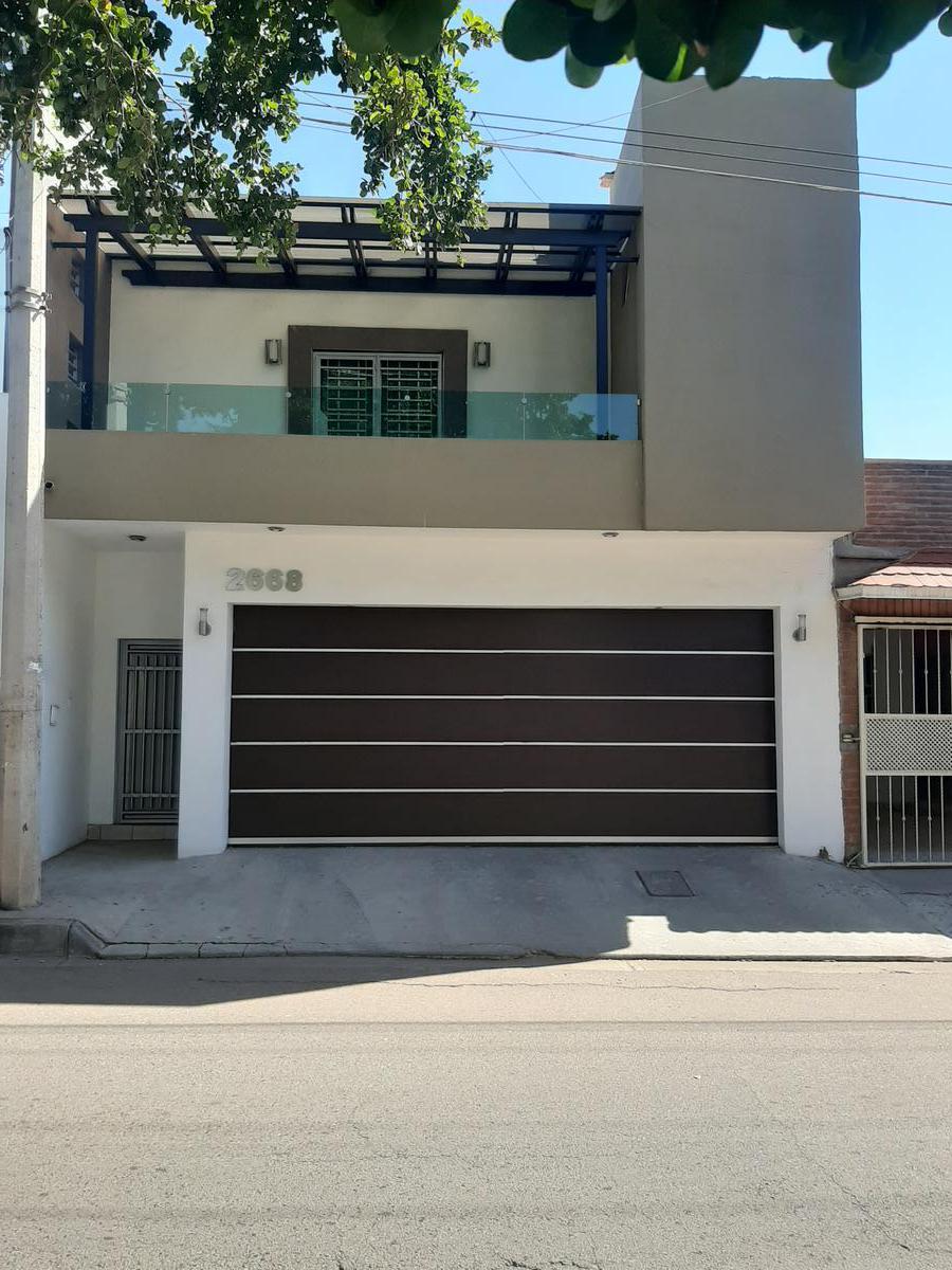 Foto Casa en Venta en  Fraccionamiento ISSSTESIN,  Culiacán  CASA DE 3 REC CON ACABADOS DE PRIMERA EN FRACC. ISSSTESIN