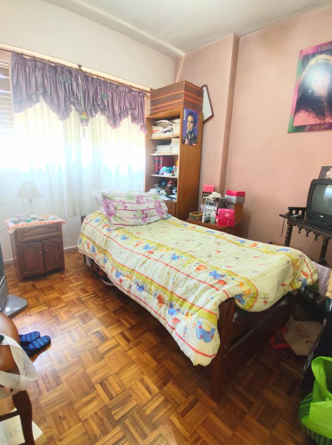 Foto Departamento en Venta en  Lanús Oeste,  Lanús  Av. H. yrigoyen al 2900