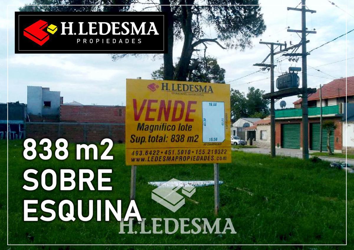 Foto Terreno en Venta en  Villa Primera,  Mar Del Plata  AV CHAMPAGNAT Y 3 FEBRERO