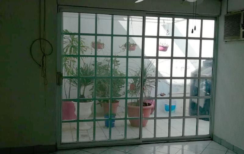 Foto Casa en Venta | Renta en  Fraccionamiento Flores Del Valle,  Veracruz  CASA EN VENTA EN FRACC. FLORES DEL VALLE