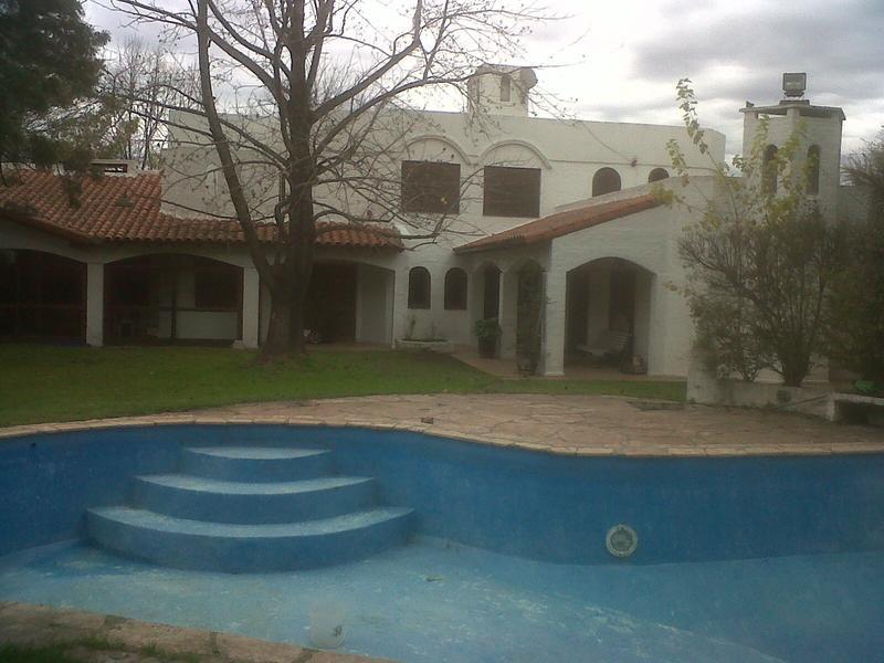 Foto Casa en Venta en  El Rodal,  Countries/B.Cerrado  Casa estilo Mediterraneo en el Rodal