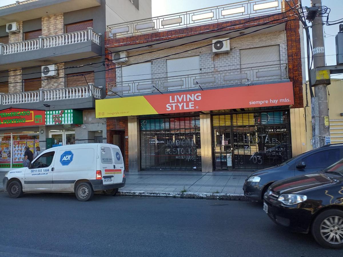 Foto Local en Alquiler en  Ramos Mejia Sur,  Ramos Mejia          Av. de Mayo 1480