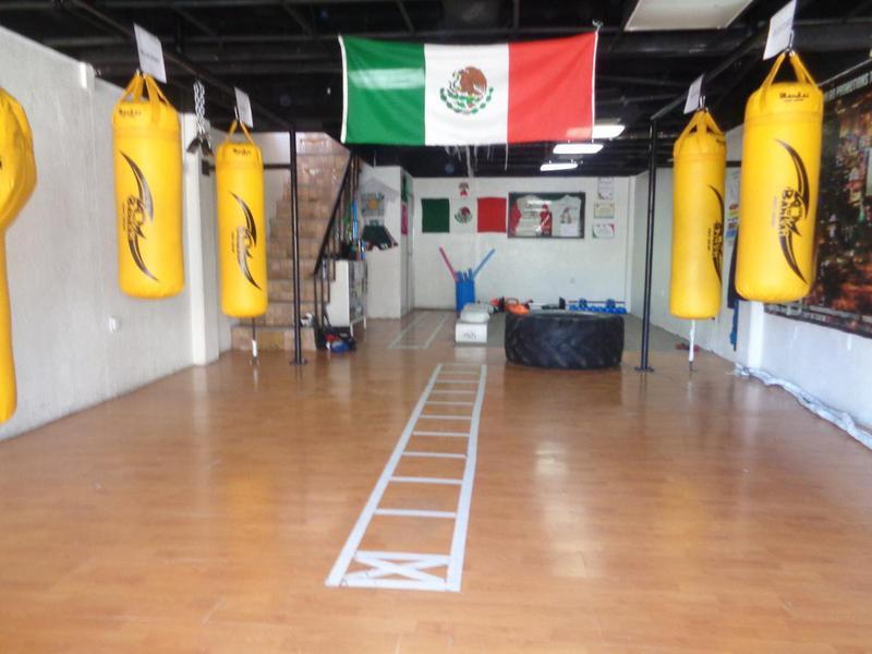 Foto Local en Venta en  Nueva Tijuana,  Tijuana  Nueva Tijuana