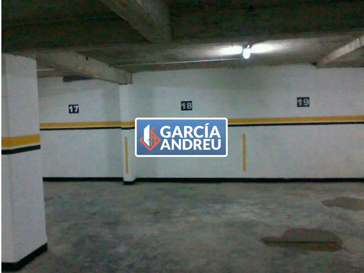Foto Cochera en Venta en  Martin,  Rosario  San Luis al 400