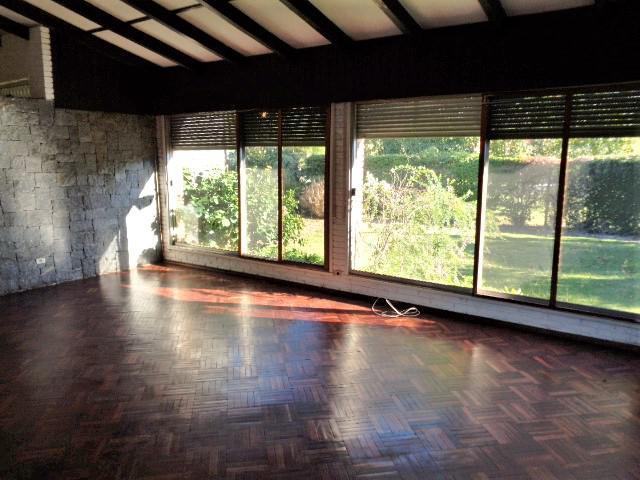 Foto Casa en Alquiler en  Carrasco ,  Montevideo  Blanco Acevedo al 1800