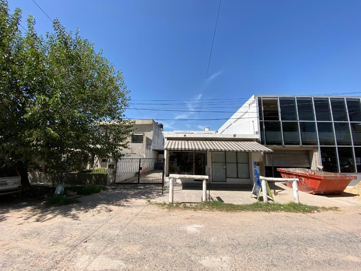 Foto Casa en Venta en  Escobar ,  G.B.A. Zona Norte  Alcazar al 1700