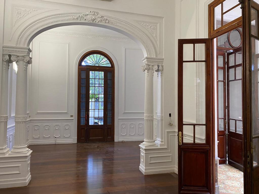 Foto Casa en Alquiler en  Palermo ,  Montevideo  Única residencia. Empresa o vivienda.