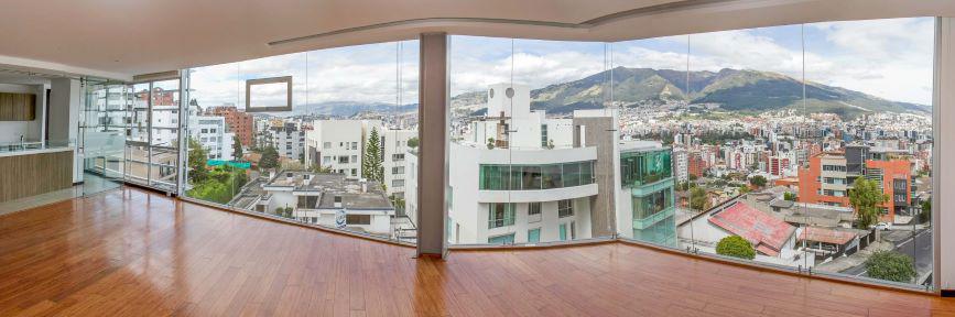 Foto Departamento en Alquiler en  Norte de Quito,  Quito  EL BATAN Quiteño Libre