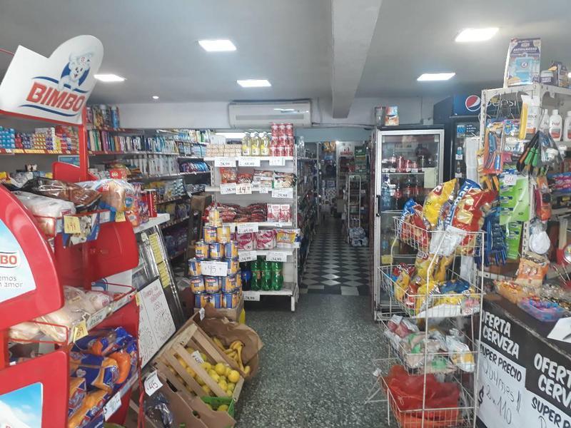 Foto Fondo de Comercio en Venta en  Tigre ,  G.B.A. Zona Norte  Fondo de Comercio de Supermercado, 40 años en el corazon de Tigre, a medio cuadra de la Avenida Cazon; Consulte!!!!!
