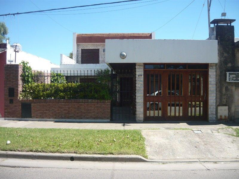 Foto Casa en Venta en  Belgrano,  Rosario  MAGALLANES al 800