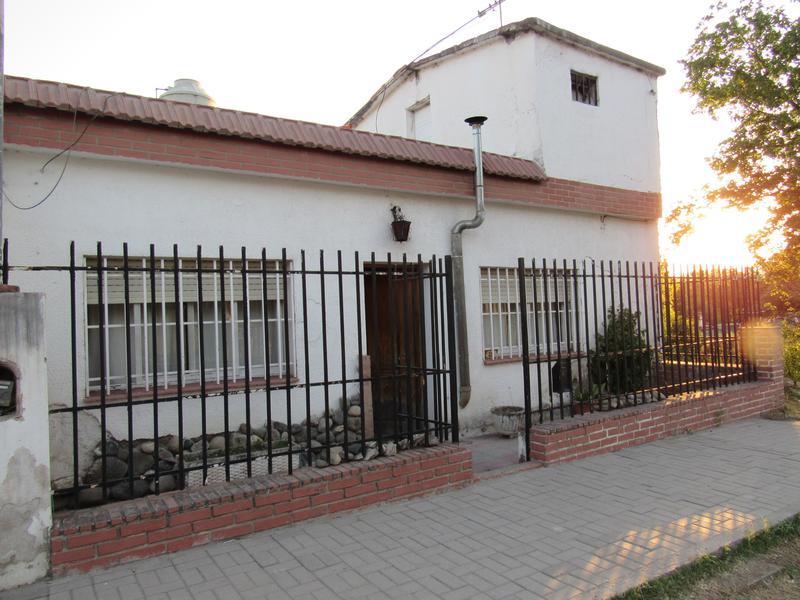 Foto Casa en Venta |  en  Stoecklin,  La Calera  B° Stoecklin Remedios de Escalada al 200