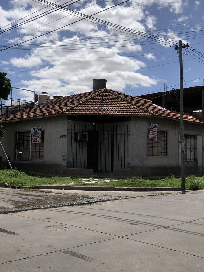 Foto PH en Venta en  Quilmes Oeste,  Quilmes  Intendente Oliveri 3199 esquina Urrestarazu