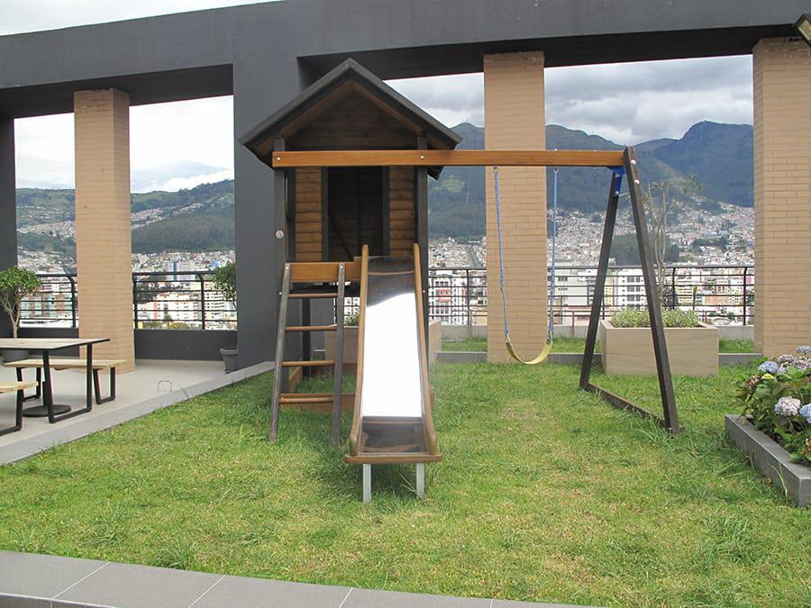 Foto Oficina en Venta | Alquiler en  Centro Norte,  Quito  Amazonas y Colón