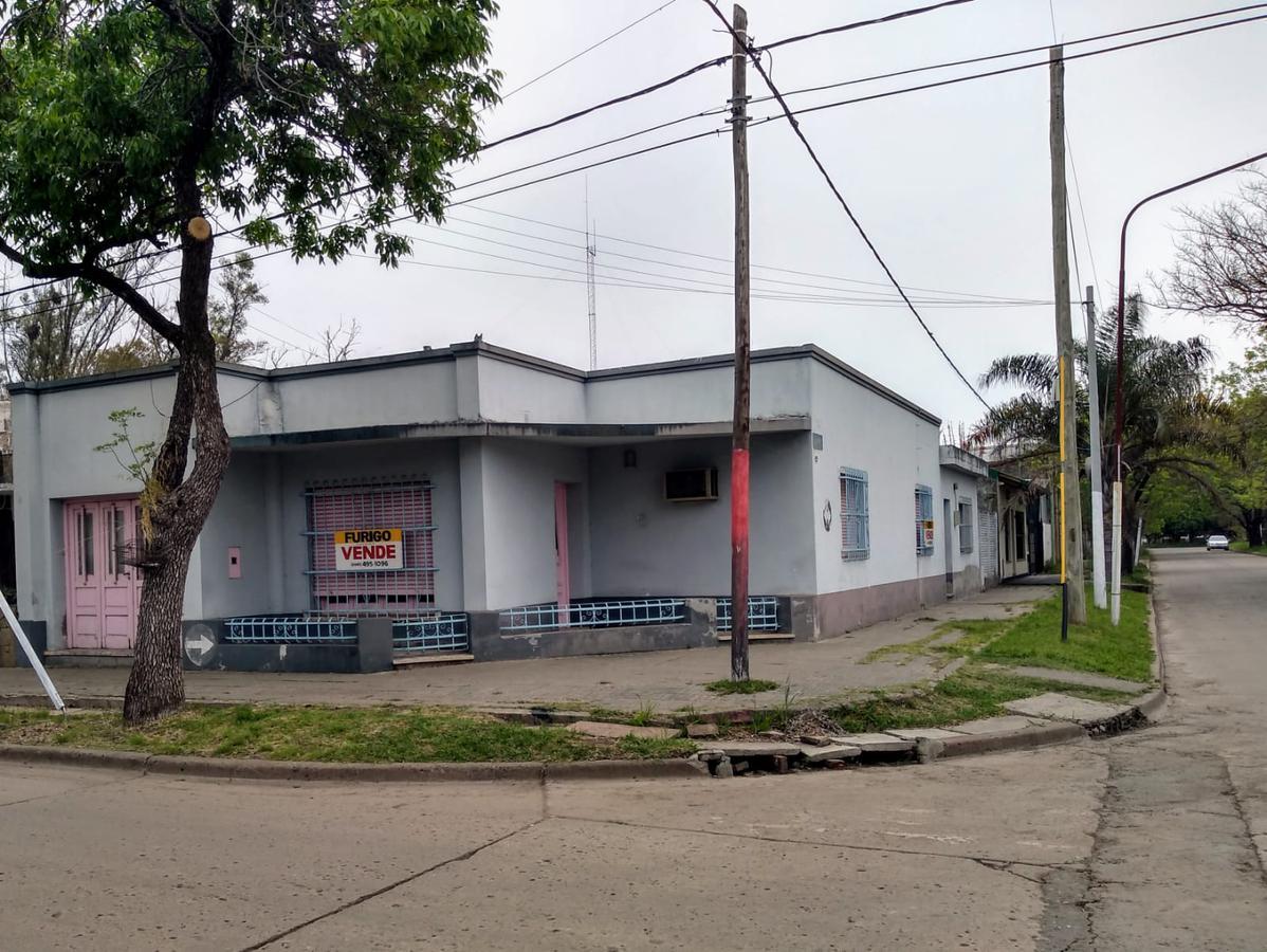 Foto Casa en Venta en  Perez ,  Santa Fe  Las Heras al 1800