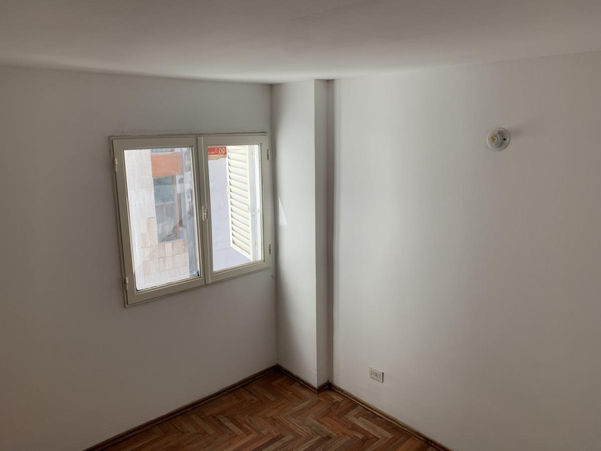 Foto Departamento en Alquiler en  Centro,  Cordoba  Duarte Quiros al 640