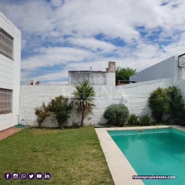 Foto Casa en Venta en  Pque.Capital,  Cordoba  Barrio Parque Capital