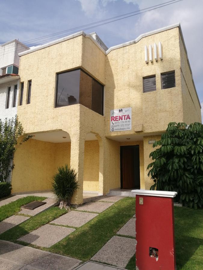 Foto Casa en Renta en  Bosques del Campestre,  León  Casa en renta a 5 minutos de Plaza Mayor