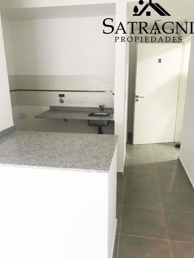 Foto Departamento en Venta en  La Plata,  La Plata  10 e/ 44 y 45