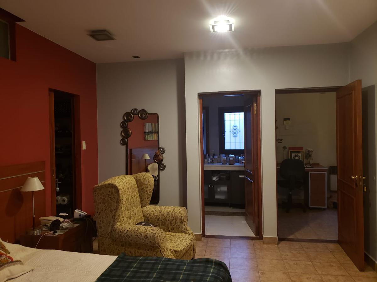 Foto Casa en Venta en  Parque Centenario,  San Miguel De Tucumán  Santa Fe al 4300