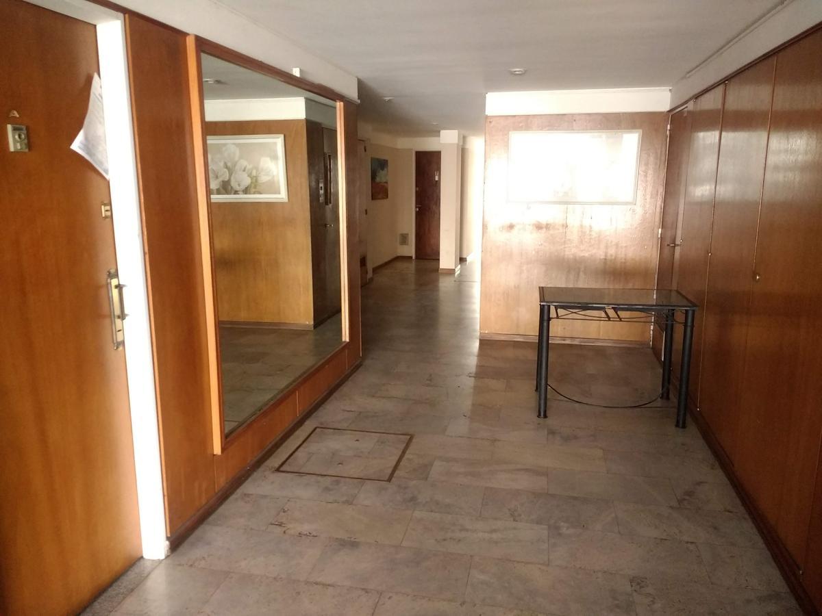 Foto Departamento en Venta en  Centro,  Rosario  Moreno al 1250