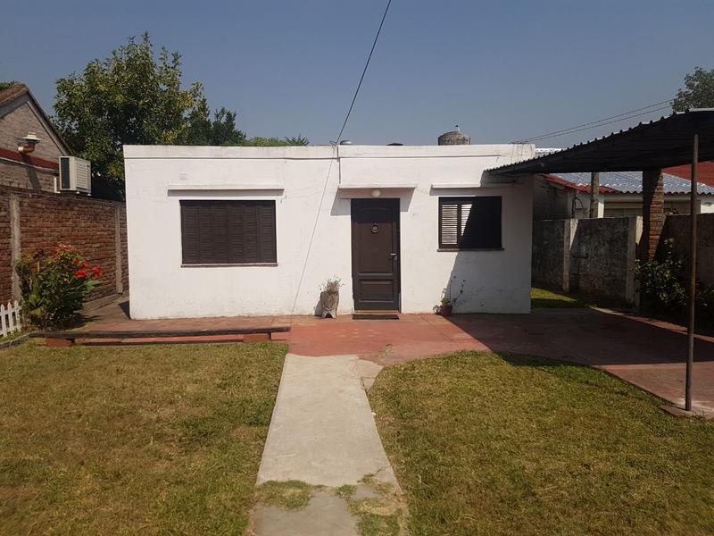 Foto Casa en Alquiler en  Lomas de Zamora Oeste,  Lomas De Zamora  Vetere 1334