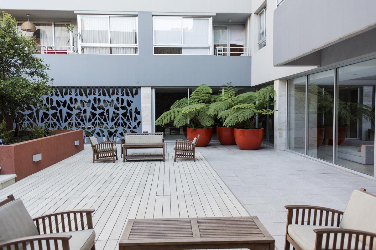 Foto Departamento en Alquiler temporario en  Nuñez ,  Capital Federal  Tres ambientes con terraza