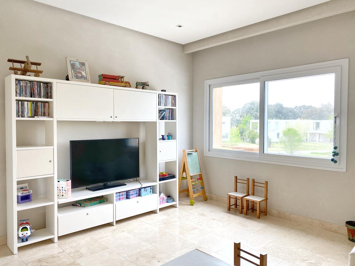Foto Casa en Venta | Alquiler en  Barrio La Berlina,  Pilara  Pilara