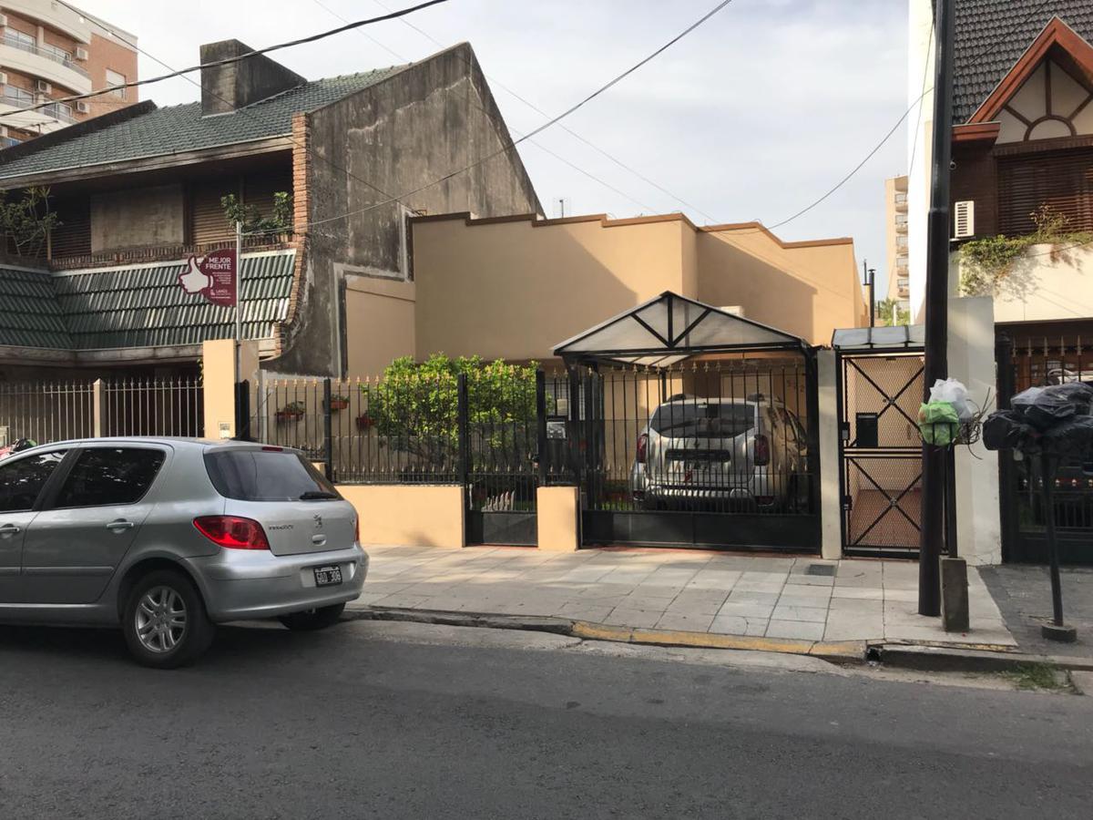 Foto PH en Venta en  Lanús Este,  Lanús  Sitio de Montevideo al 1522