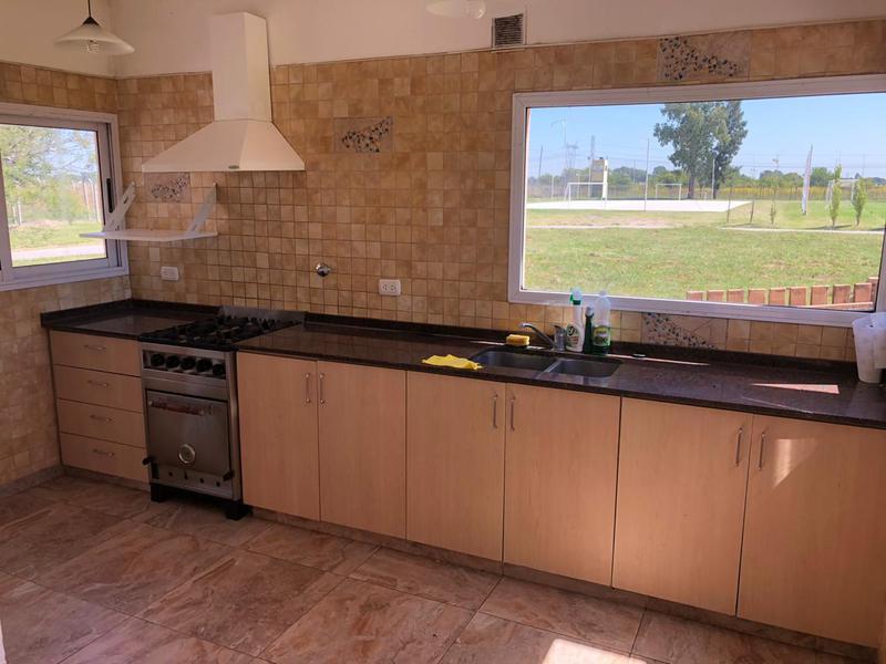 Foto Casa en Alquiler en  Barrio Don Joaquin,  Countries/B.Cerrado (Ezeiza)  DON JOAQUIN
