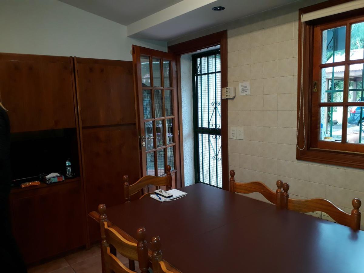 Foto Casa en Venta en  La Plata ,  G.B.A. Zona Sur  12 C y al 400