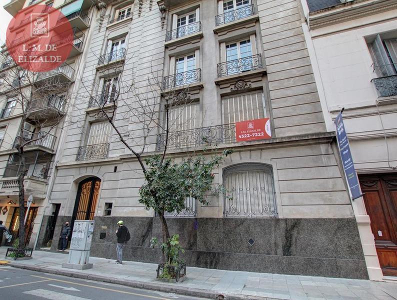 Foto Departamento en Venta en  Recoleta ,  Capital Federal  Uriburu 1216
