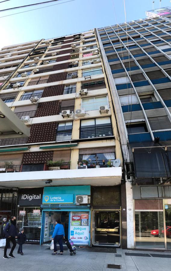 Foto Departamento en Alquiler en  Retiro,  Centro (Capital Federal)  Av. Carlos Pellegrini 1079