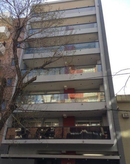 Foto Departamento en Venta en  La Plata,  La Plata  50 Entre18 y 19