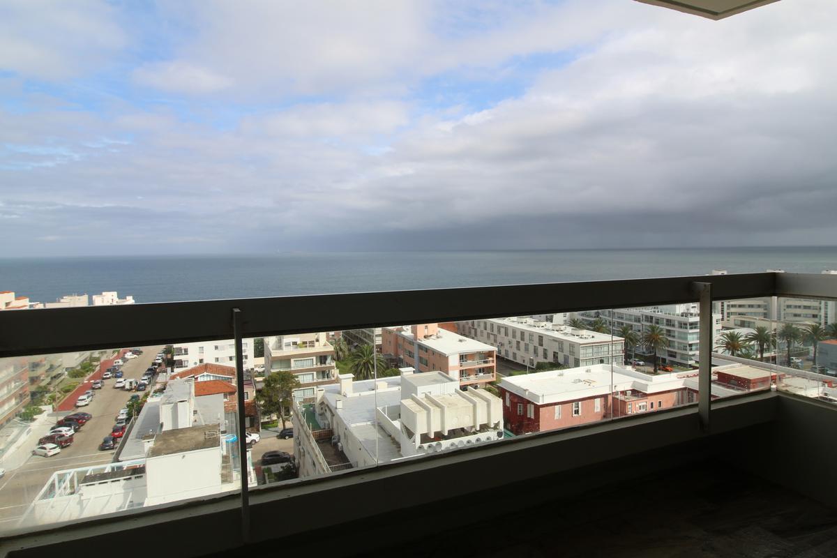 Foto Apartamento en Venta en  Península,  Punta del Este  Edificio Fontemar
