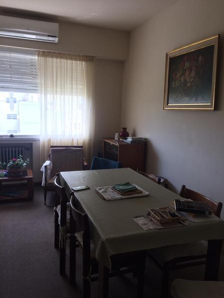 Foto Departamento en Venta en  Olivos,  Vicente Lopez  Av. Maipu al 2100