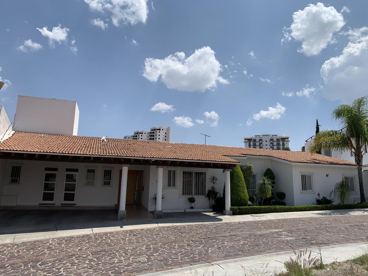 Foto Casa en condominio en Renta en  Fraccionamiento Cumbres del Lago,  Querétaro  CASA EN RENTA CUMBRES DEL LAGO EN PRIVADA UNA PLANTA