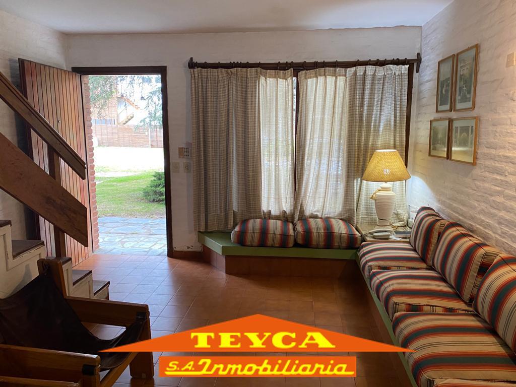 Foto Departamento en Alquiler temporario en  Duplex,  Pinamar  Lenguado 929 e/ Centauro y De las Artes
