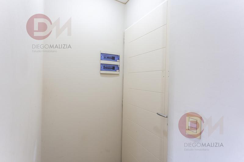 Foto Departamento en Venta en  Lomas De Zamora ,  G.B.A. Zona Sur  Alem 358
